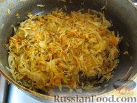 Фото приготовления рецепта: Начинка из кислой капусты для пирожков и пирогов - шаг №4