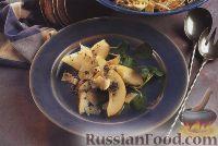 Фото к рецепту: Салат из груш с маковой заправкой