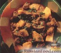Фото к рецепту: Рагу из ягнятины и картофеля