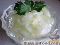 Фото к рецепту: Лук, маринованный в лимонном соке