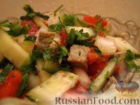 """Фото к рецепту: Салат с говядиной """"Охотничий"""""""