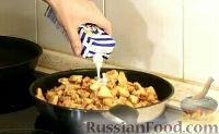 "Фото приготовления рецепта: Курица ""Амананан"" (в ананасовом маринаде, с луком, аджикой и сливками) - шаг №6"
