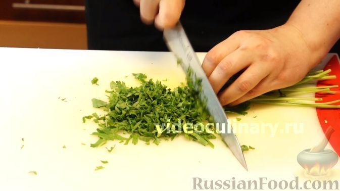 Фото приготовления рецепта: Диетический салат из киноа - шаг №10