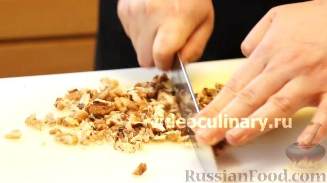 Фото приготовления рецепта: Диетический салат из киноа - шаг №11