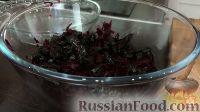 """Фото приготовления рецепта: Салат """"Осенняя сказка"""" из моркови и свеклы - шаг №4"""