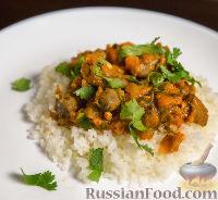 Фото к рецепту: Куриные желудки и сердечки, тушенные в томатном соусе