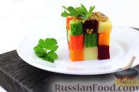 """Фото к рецепту: Винегрет """"Кубик Рубика"""" с крабовыми палочками"""
