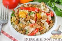 Фото к рецепту: Салат с курицей, апельсином и сухариками