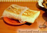 Фото к рецепту: Шаверма (шаурма) со свининой, курицей, картофелем