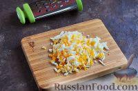 Фото приготовления рецепта: Шпроты в крабовых палочках - шаг №4