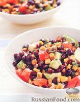 Фото к рецепту: Салат с черной фасолью, кукурузой и авокадо