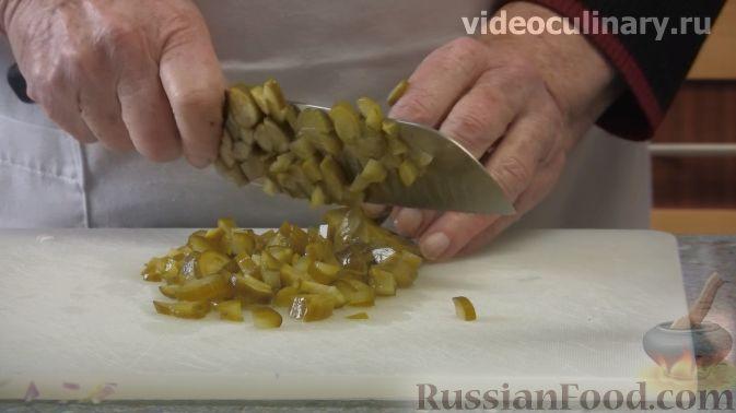 Фото приготовления рецепта: Свиные отбивные в кляре на минеральной воде - шаг №4