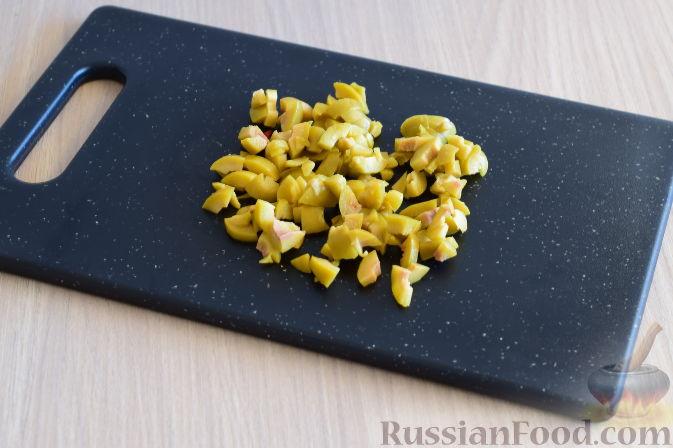 Фото приготовления рецепта: Рулетики из огурцов - шаг №2