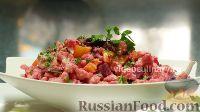 Фото к рецепту: Салат из цветной капусты со свеклой