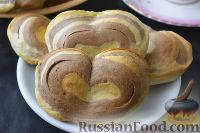 Фото к рецепту: Полосатые булочки