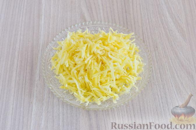 Фото приготовления рецепта: Капуста, тушенная с мясом и рисом (на сковороде) - шаг №8