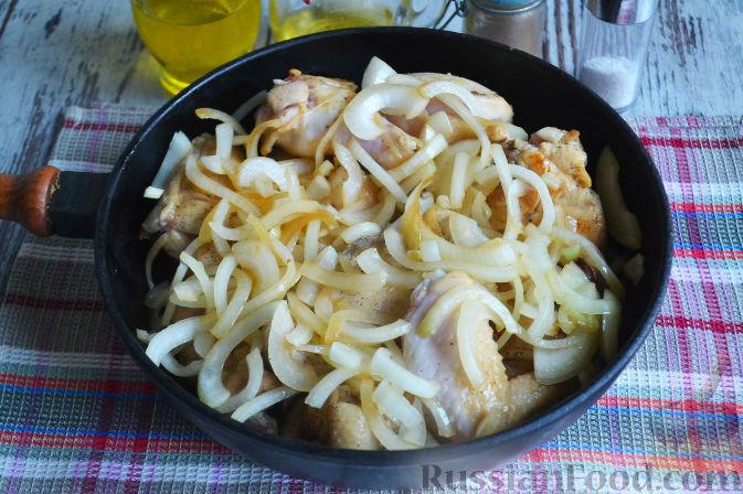 Фото приготовления рецепта: Курица с айвой (в сидре) - шаг №15