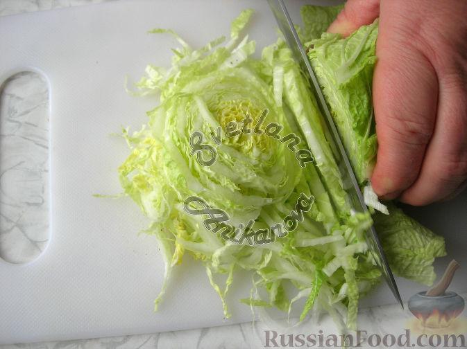 """Фото приготовления рецепта: Праздничный салат """"Красотка"""" (без майонеза) - шаг №1"""