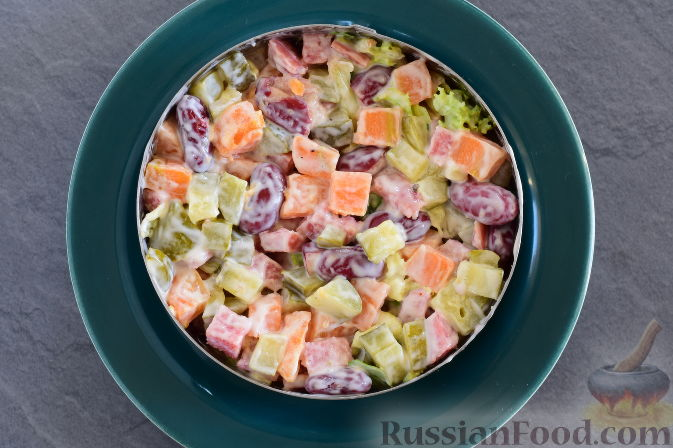 Фото приготовления рецепта: Фаршированные яйца с гречнево-грибной начинкой - шаг №7