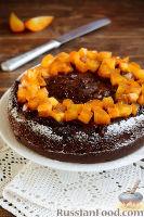 Фото к рецепту: Шоколадный пирог с хурмой
