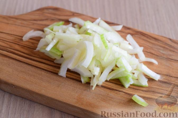 Фото приготовления рецепта: Сальса из хурмы - шаг №2