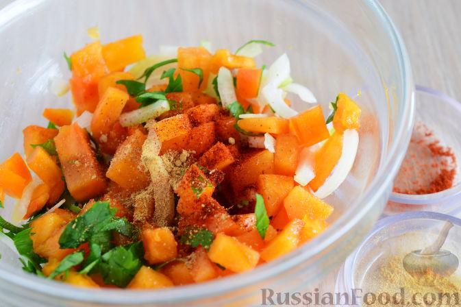 Фото приготовления рецепта: Сальса из хурмы - шаг №5