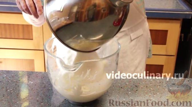 Фото приготовления рецепта: Курица, запечённая с гранатом, мандарином и лимоном (в рукаве) - шаг №4