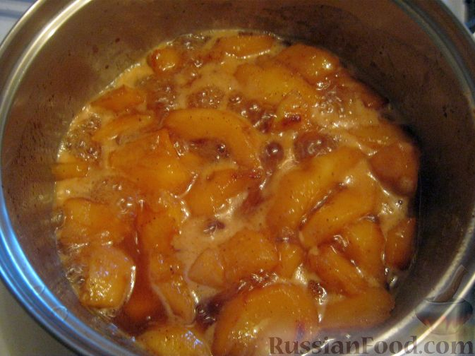 Фото приготовления рецепта: Десерт из айвы с корицей - шаг №5