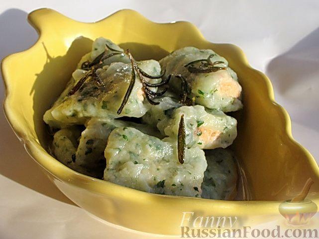Рецепт Картофельные клецки со шпинатом и лососем