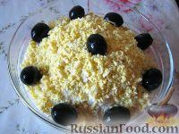 Фото к рецепту: Салат из плавленых сырков