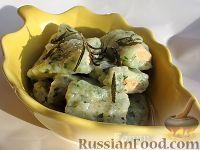 Фото к рецепту: Картофельные клецки со шпинатом и лососем