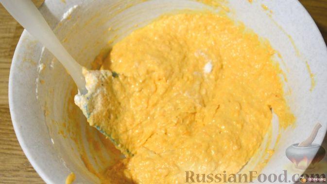 Фото приготовления рецепта: Толстые дрожжевые блины на молоке, манке и пшённой каше - шаг №24