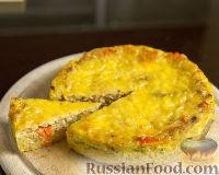 Фото к рецепту: Пирог с луком и кукурузными чипсами
