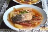Фото к рецепту: Борщ с карасями