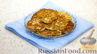 Фото к рецепту: Сытные оладьи с сыром и колбасой