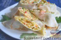 Фото к рецепту: Блины с брынзой и пекинской капустой