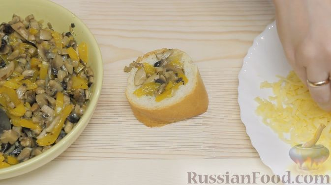 Фото приготовления рецепта: Морковный суп-пюре с фрикадельками из куриного фарша - шаг №10