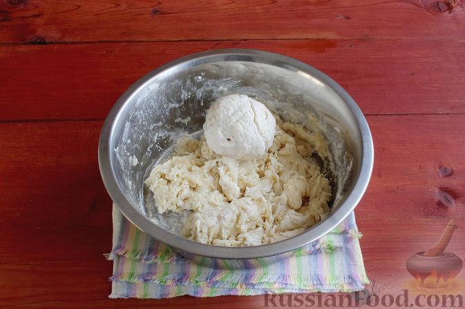 Фото приготовления рецепта: Тосканский пирог с виноградом - шаг №8