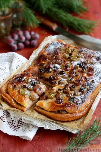Фото приготовления рецепта: Тосканский пирог с виноградом - шаг №15