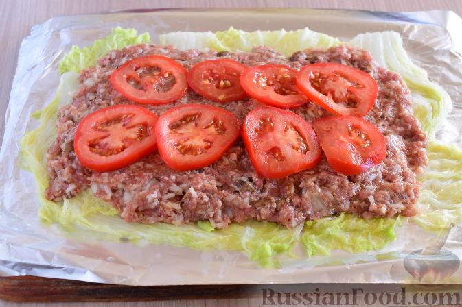 """Фото приготовления рецепта: Салат """"Оливье"""" с красной рыбой - шаг №10"""