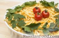 Фото к рецепту: Слоеный салат с грибами, курицей и картошкой фри