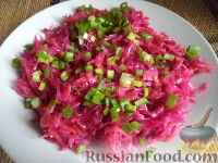 Фото к рецепту: Квашеная капуста со свеклой и морковью