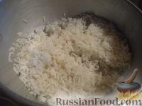 Фото приготовления рецепта: Салат с кальмарами и крабовыми палочками - шаг №2