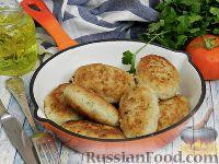 Фото к рецепту: Куриные котлеты с картофелем и сыром