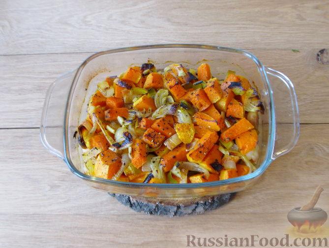 Фото приготовления рецепта: Тыквенный суп-пюре с кукурузой - шаг №6