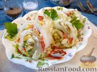 Фото к рецепту: Рулет из пекинской капусты