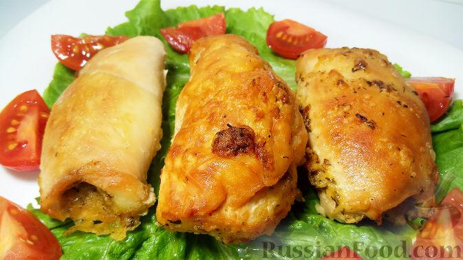 Фото приготовления рецепта: Томатный суп с мясными фрикадельками и рисом - шаг №3