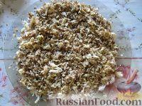 Фото приготовления рецепта: Салат куриный с грибами - шаг №8