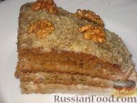 Фото к рецепту: Ореховый торт с творожным кремом