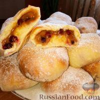 Фото к рецепту: Скандинавские кардамоновые булочки с клюквой